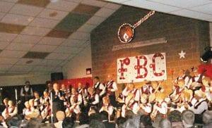 The Flint Banjo Club performing at a previous Banjorama