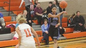 Aliah Stinnett passes the ball at Flushing last Friday.