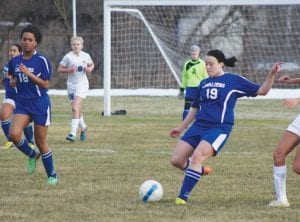 Carman-Ainsworth's Alexis Thurber scored the Cavs' lone goal on Monday against Kearsley.