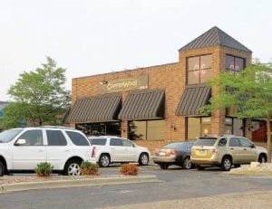 CopperWood Grille is a new restaurant at the Lincor Plaza.