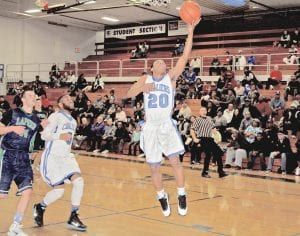 Ja'Kavien Lewis scored 12 for Carman-Ainsworth in the SVL championship finals last Friday at Davison against Saginaw.